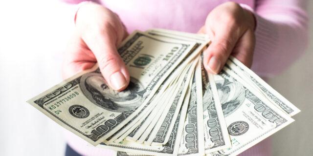 cara mendapatkan uang di internet